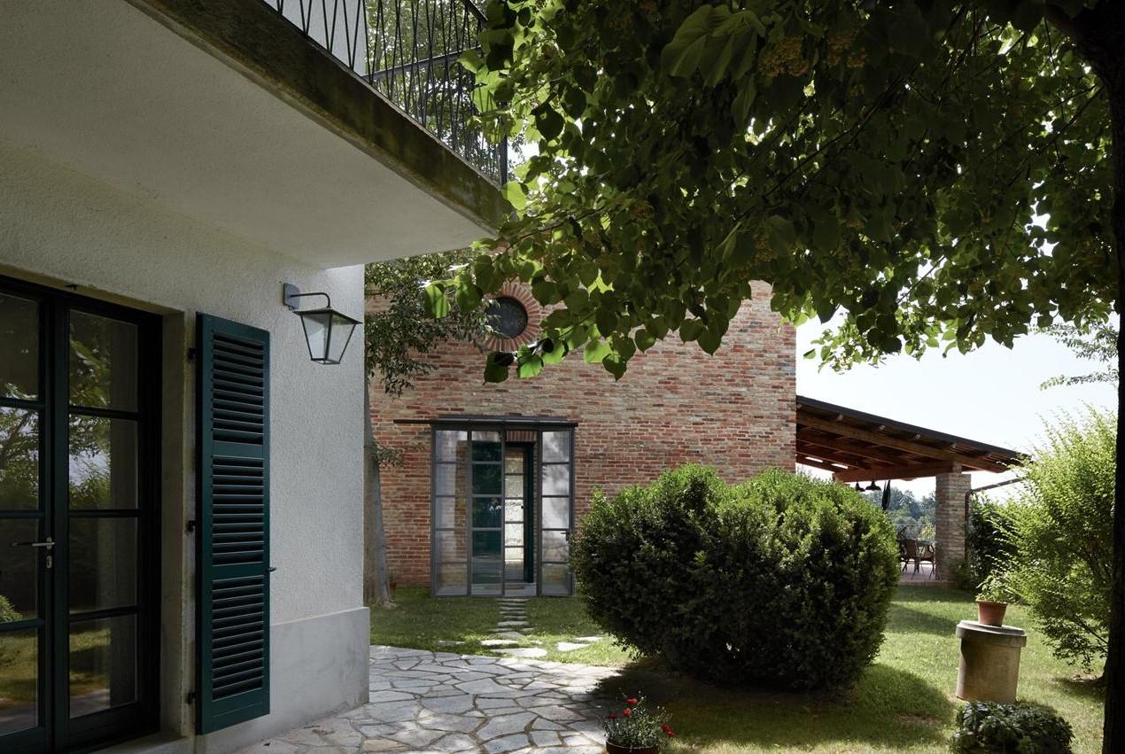 2 Case a Castell'Alfero – Casa 1
