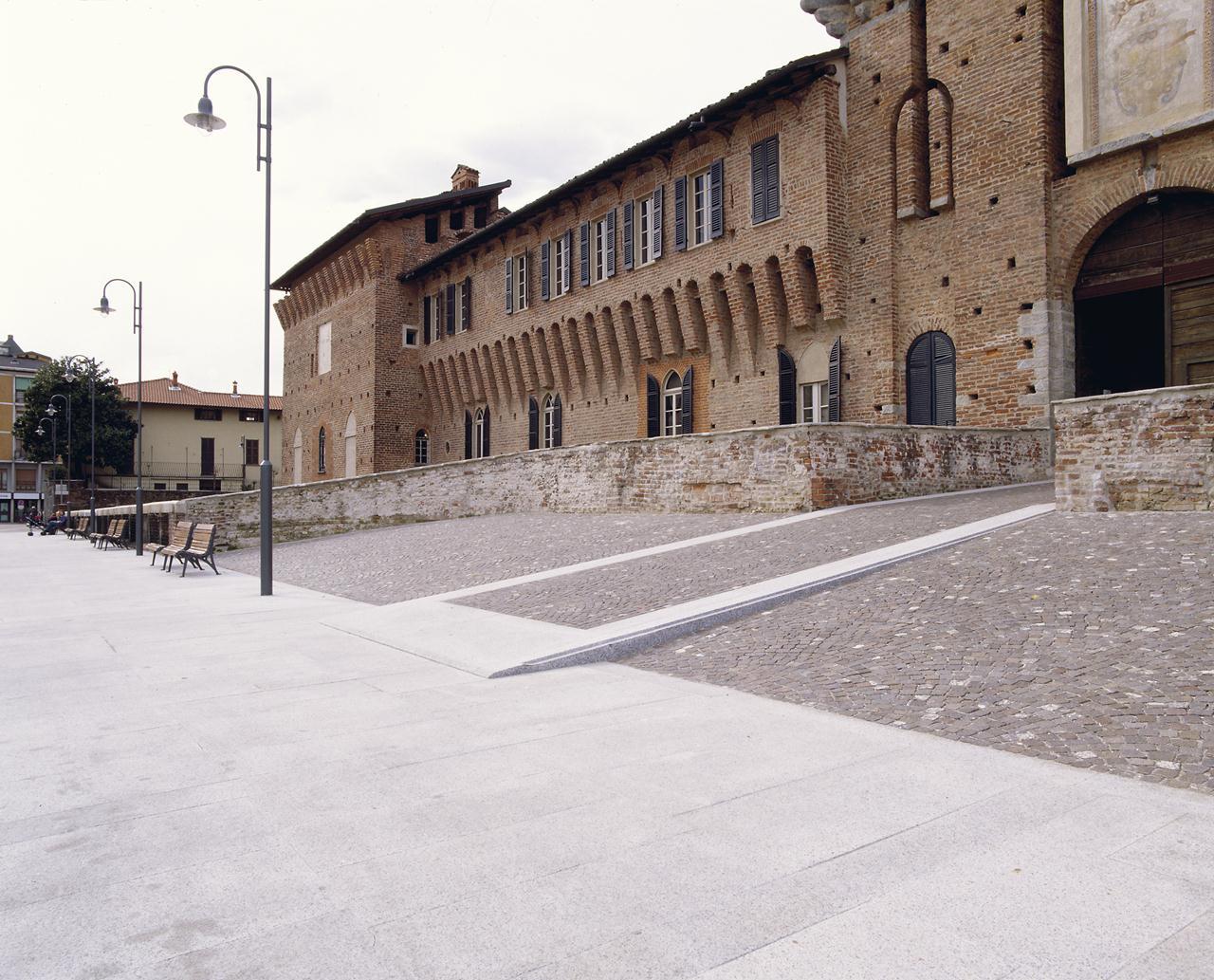 http://www.antoniolazzaretto.it/wp-content/uploads/2013/11/8-p10.jpg